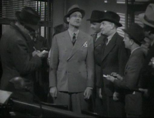 Warren William in Arsene Lupin Returns