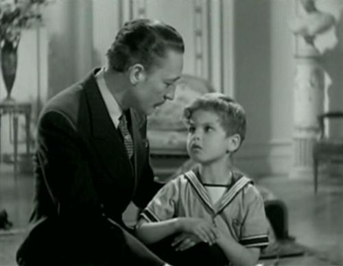 Warren William and Dickie Moore in Upperworld