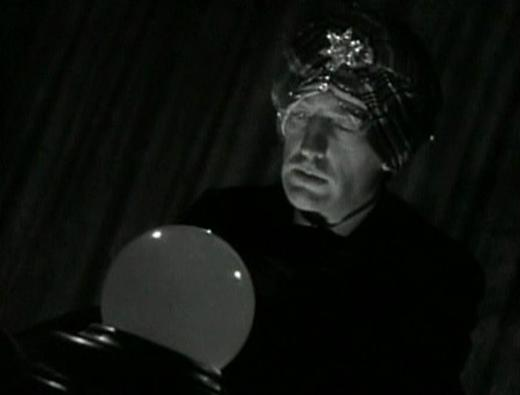 Warren William in The Mind Reader